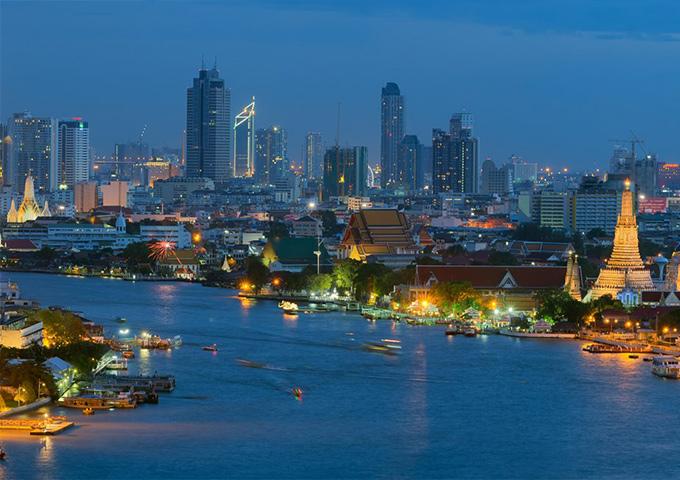 Vé máy bay khuyến mãi đi Thái Lan chèo thuyền trên sông Chao Phraya