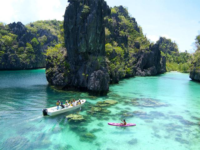 Vé máy bay khuyến mãi du lịch biển Philippines