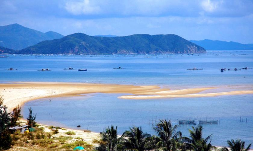 Du lịch Chu Lai bằng vé máy bay khuyến mãi