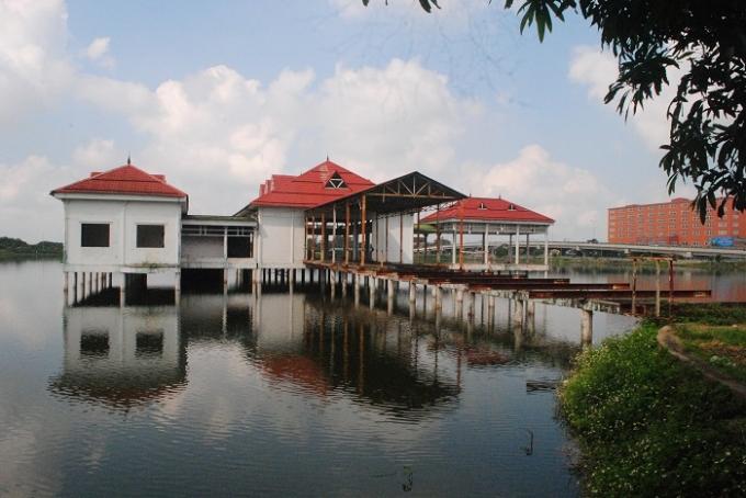 Hồ Cửa Nam