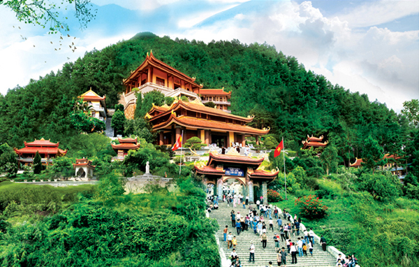 Thiền Viện Trúc Lâm- Điểm tham quan hướng về cõi tâm linh