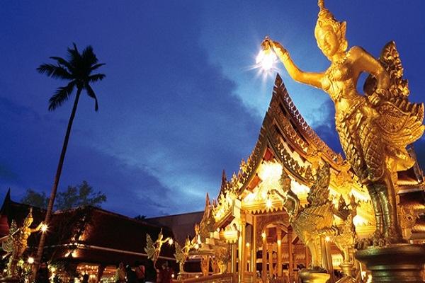 Xứ sở chùa Vàng