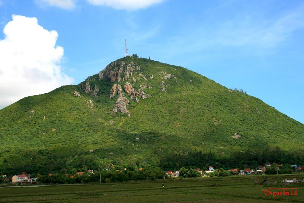 Núi Chóp Chài