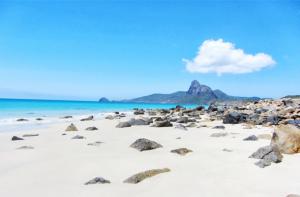 Vé máy bay đi Côn Đảo khám phá hòn đảo kỳ bí nhất thể giới