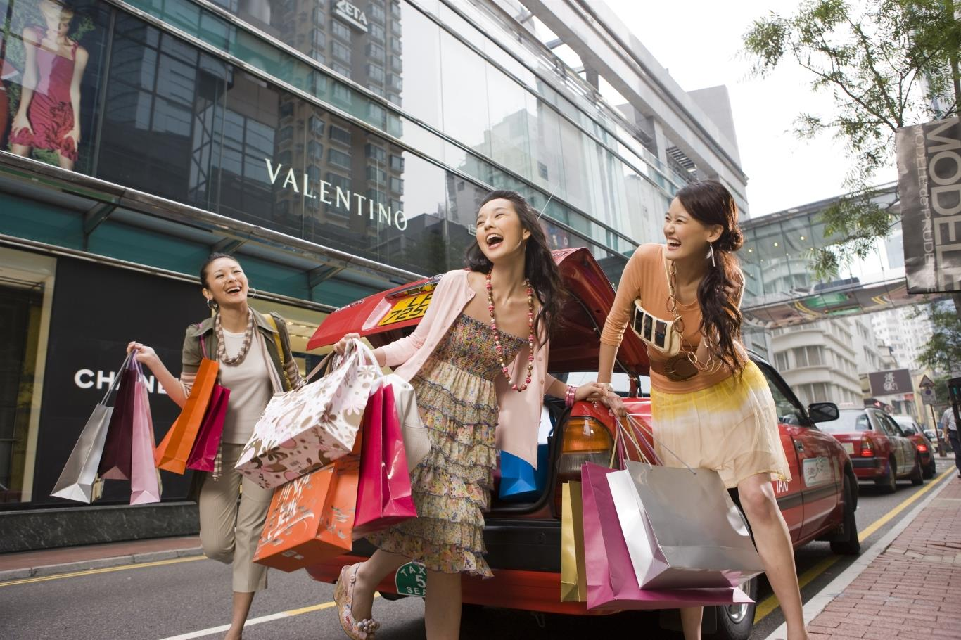 Thỏa thích mua sắm ở Hong Kong