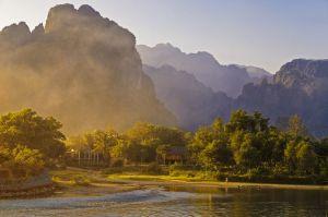 Vé máy bay khuyến mãi đi Lào