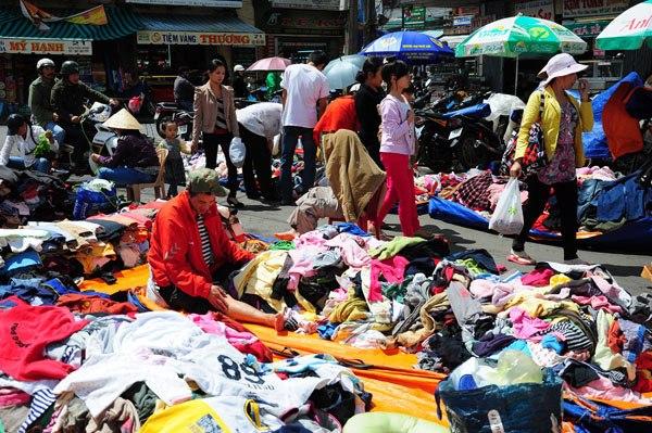 Chợ Âm Phủ Đà Lạt