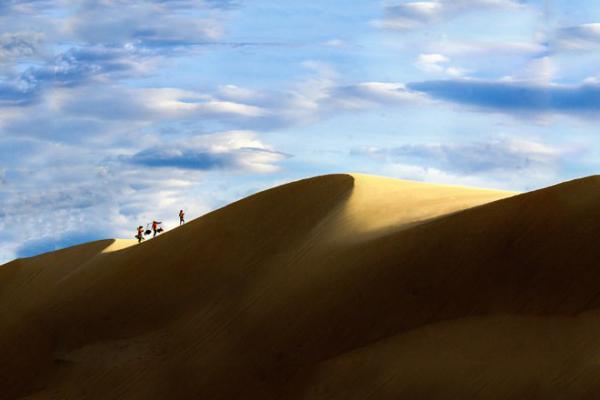 Cồn cát Quang Phú mang nét đẹp hoang sơ