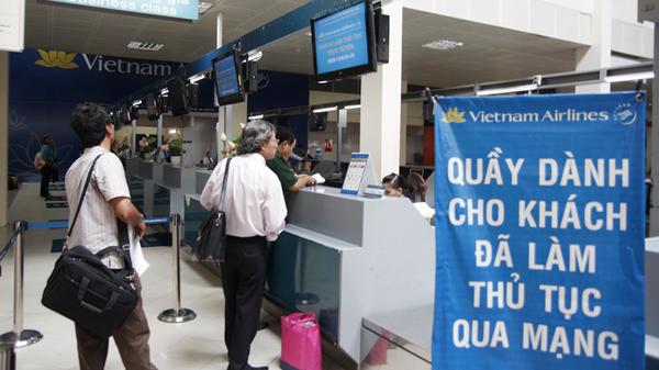 Kết quả hình ảnh cho thủ tục đi máy bay của vietnam airlines
