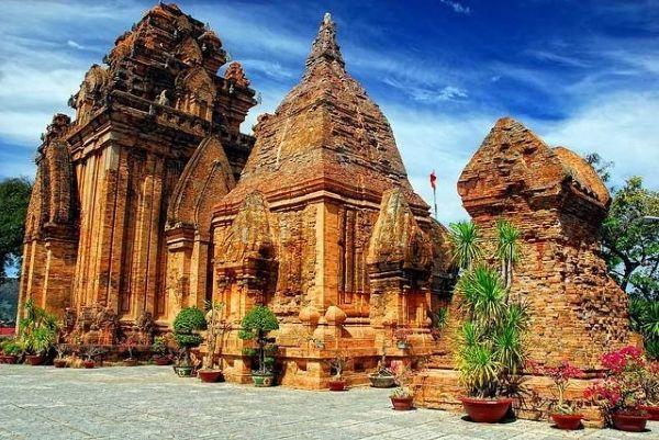 địa điểm du lịch Nha Trang